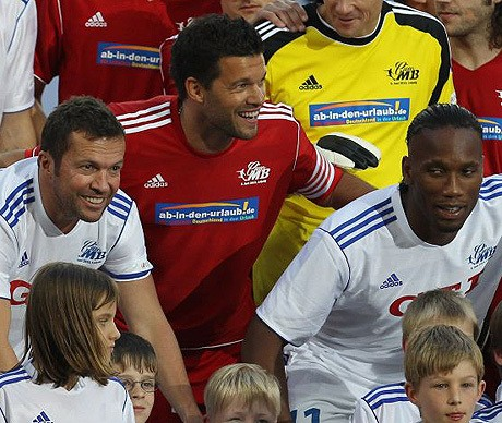 Jose Mourinho's World XI victorious in testimonial match for former Chelsea midfielder Michael Ballack