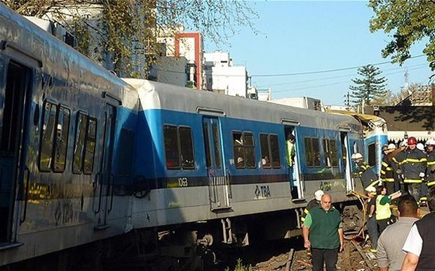 Deaths and injuries in Buenos Aires train crash