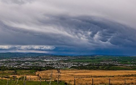 Storm Hannah to end heatwave weather as Met Office issues wind and rain warnings