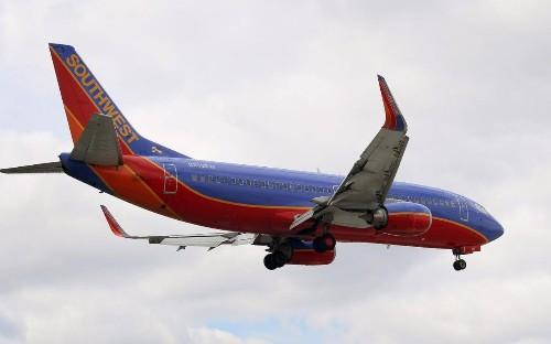 Man kicked off flight after being overheard speaking Arabic