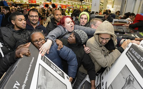 Black Friday hits Britain: in pictures - Telegraph