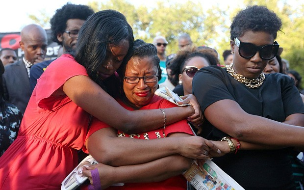 Video of Sandra Bland's arrest shows argument with police officer