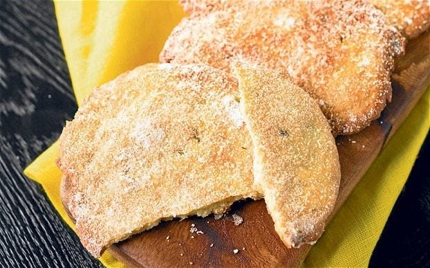 Olive oil recipes: Torta de Aceite (Spanish olive oil biscuits)