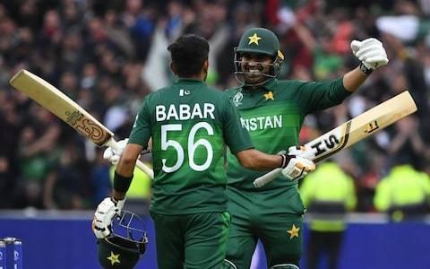 Pakistan keep World Cup semi-final hopes alive as pressure mounts on hosts