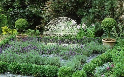 Gorgeous garden seating ideas