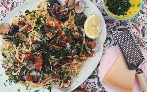Friday night dinner: Spaghetti vongole