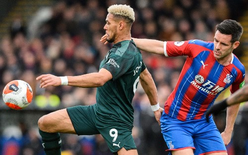Matt Ritchie defends misfiring Newcastle team-mate Joelinton but Steve Bruce accepts changes are needed