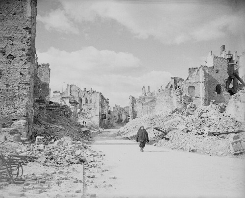 Cities destroyed by war, then and now