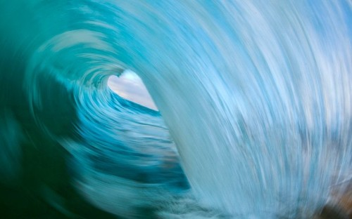 Photographer Ray Collins catches waves, in pictures - Telegraph