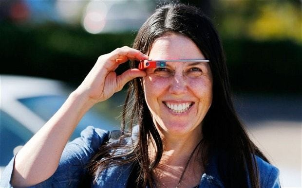 Woman cleared for driving while wearing Google Glasses