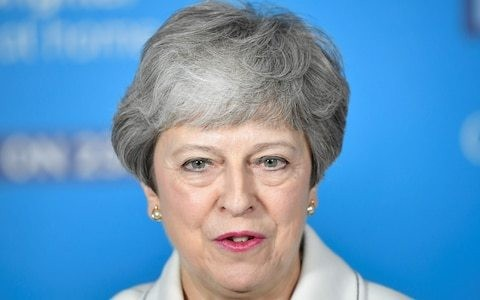 Theresa May to launch last-ditch attempt to gain MPs' approval for her Brexit deal with 'bold offer'