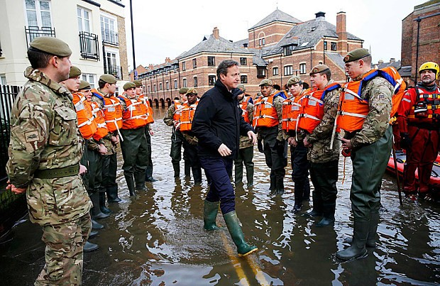 Storm Jonas: families devastated by Storm Desmond told to expect more flooding