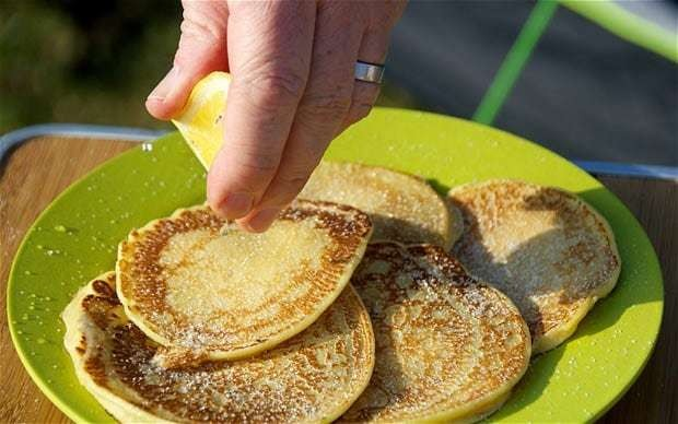 Camping recipes: breakfast pancakes
