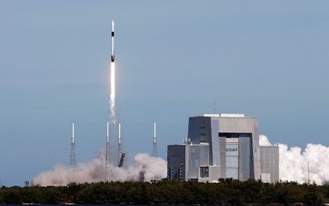 Elon Musk says Nasa can give SpaceX rivals its technology for free