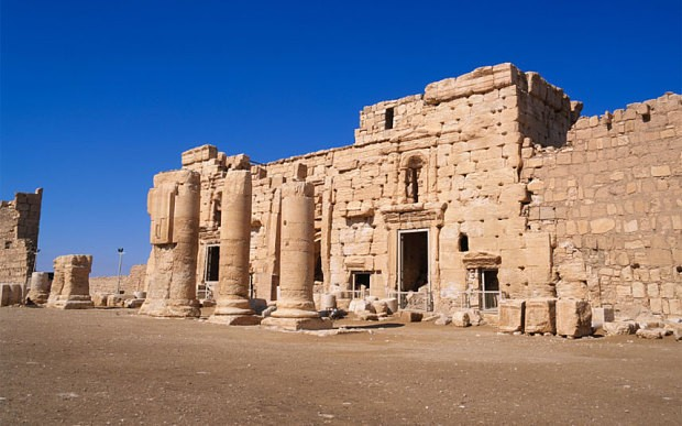 Isil 'blows up Temple of Bel' in ancient Syrian city of Palmyra