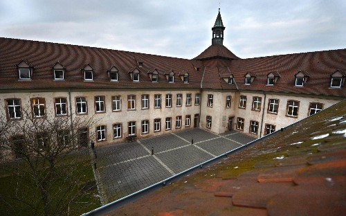 Macron scraps plan to abolish elite finishing school