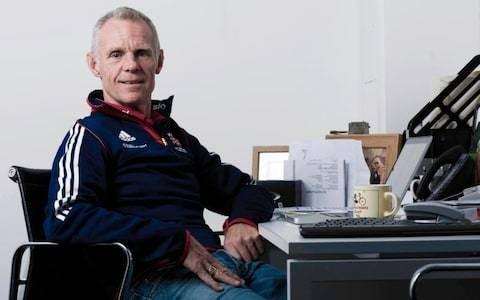 British Cycling physio alleges Shane Sutton 'bullied' Dr Richard Freeman during medical tribunal