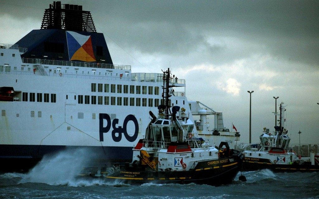 P&O Ferries 'running out of time' to stay afloat with 4,000 jobs at risk