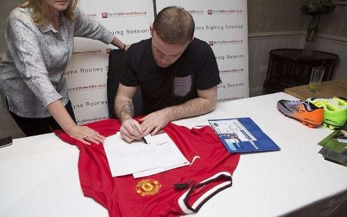 Wayne Rooney helps Trading Standards catch £1m football conman