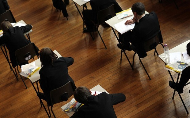 Pupils with English as a second language 'outperform native speakers'