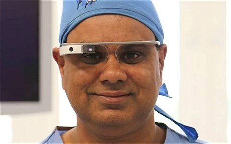 First operation streamed live with surgeon wearing Google glass