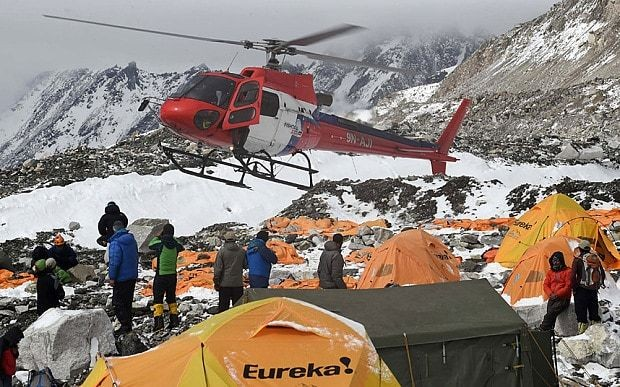 Sherpas and climbing firms call off Everest season after Nepal quake
