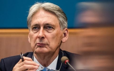 Philip Hammond confirms he will resign on Wednesday