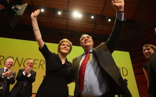 Nicola Sturgeon urged to block Alex Salmond's reentry to the SNP