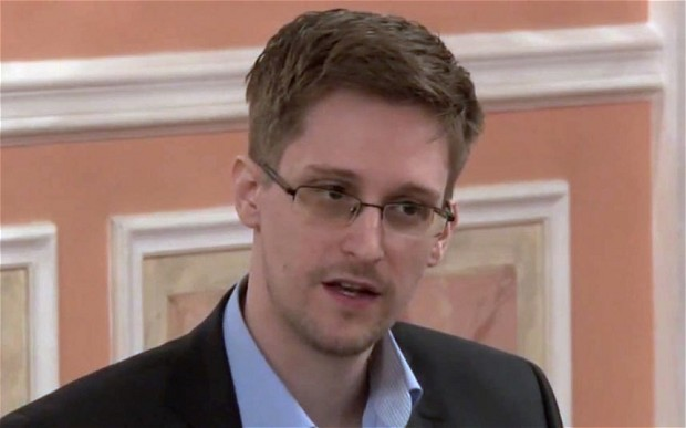Fears that identities of GCHQ operatives could leak if Edward Snowden is captured