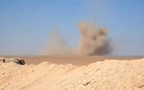 Russian bombers 'strike refugee camp on Jordanian border'