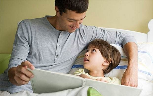 Bedtime stories - 'it's better if dad reads them'