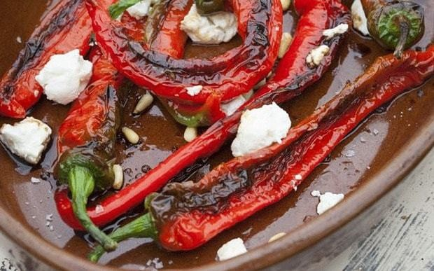 Fried peppers and goat's cheese recipe