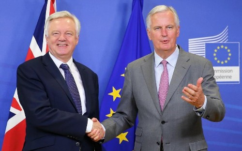 Brexit row: Britain demands free trade talks start by October despite EU resistance