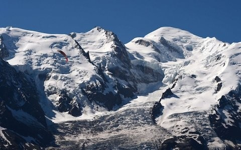 Police pursue men who land plane on 400m from Mont Blanc summit