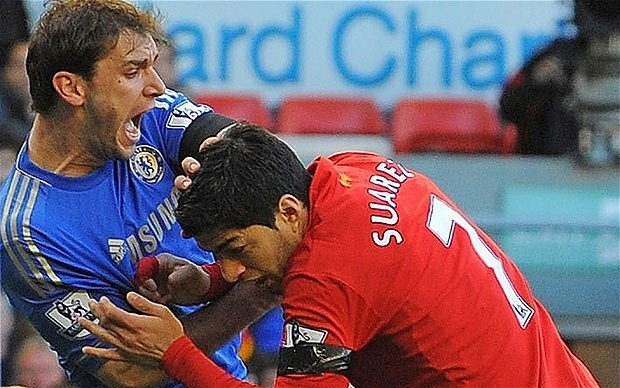 Chelsea defender Branislav Ivanovic happy for club to pursue Liverpool's Luis Suarez, despite bite incident