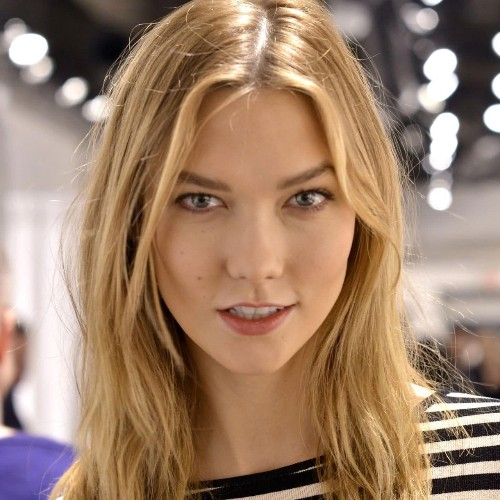 How to achieve the 'no make-up' make-up look with minimal effort