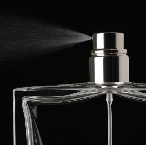 How to apply the right amount of perfume