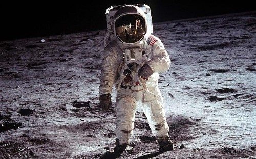 Faked Moon landing would have been exposed within four years, scientist concludes