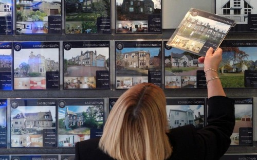 Lack of buyers forcing homeowners to drop price