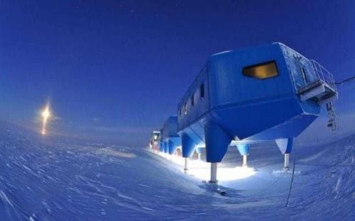 British Antarctic Survey abandons polar base as worrying crack grows in ice