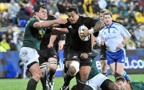 Sione Lauaki, retired New Zealand forward, dies aged 35