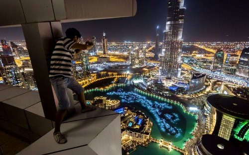 In Pictures: Dubai Skywalkers - Telegraph