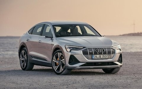 Audi e-tron Sportback: clever lights help this new electric SUV contender to stand out