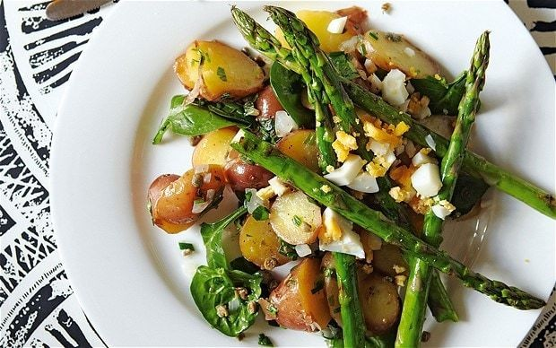 The new vegetarian: herby potato salad with grilled asparagus and egg
