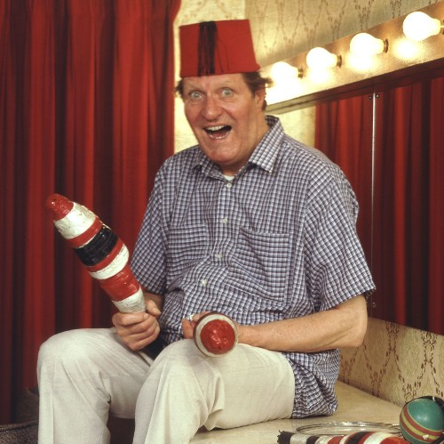 Tommy Cooper: his 25 funniest jokes