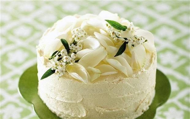 The new baker: White chocolate layer cake