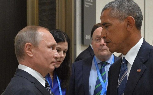 Barack Obama warns of Cold War-style 'cyber arms race' with Russia