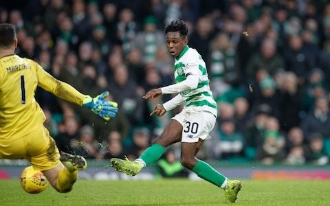Celtic regain top spot with straightforward victory over Hibs