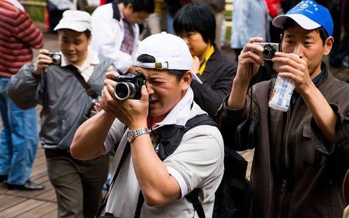 China's new guide to 'civilised tourism'