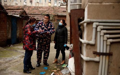 Coronavirus: Thai doctors 'successfully treat' virus but stocks plunge in China